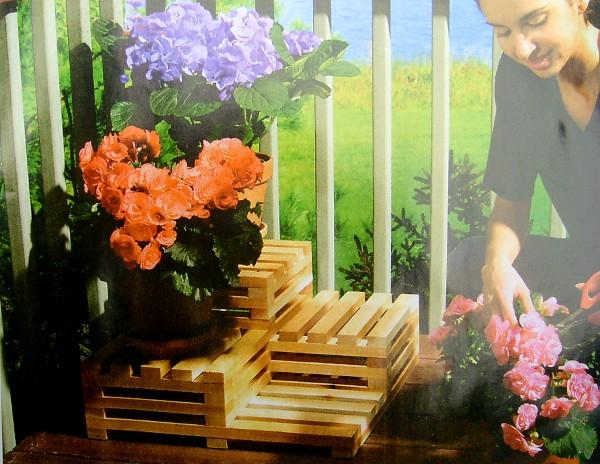 Сделать подставку под цветы своими руками для дачи