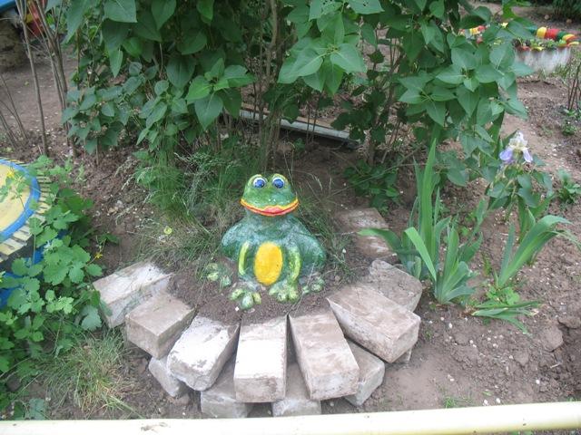 Лягушки для сада своими руками