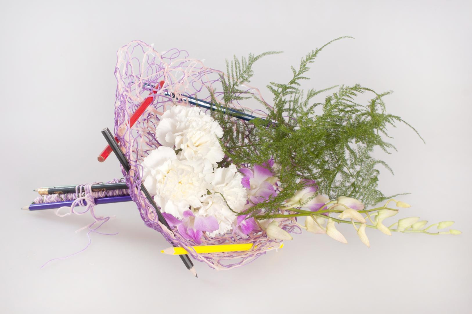 Как оформить букет из роз своими руками фото на 1 сентября