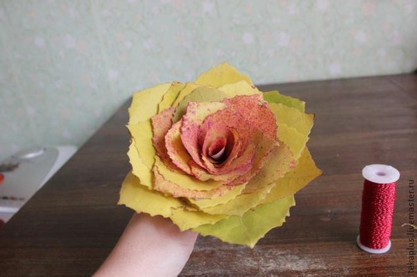 Цветы из дубовых листьев своими руками 98