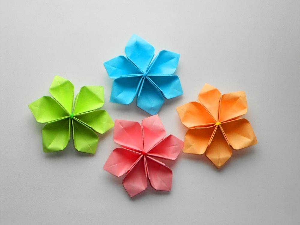 Бумажные объемные цветы из бумаги самые простые