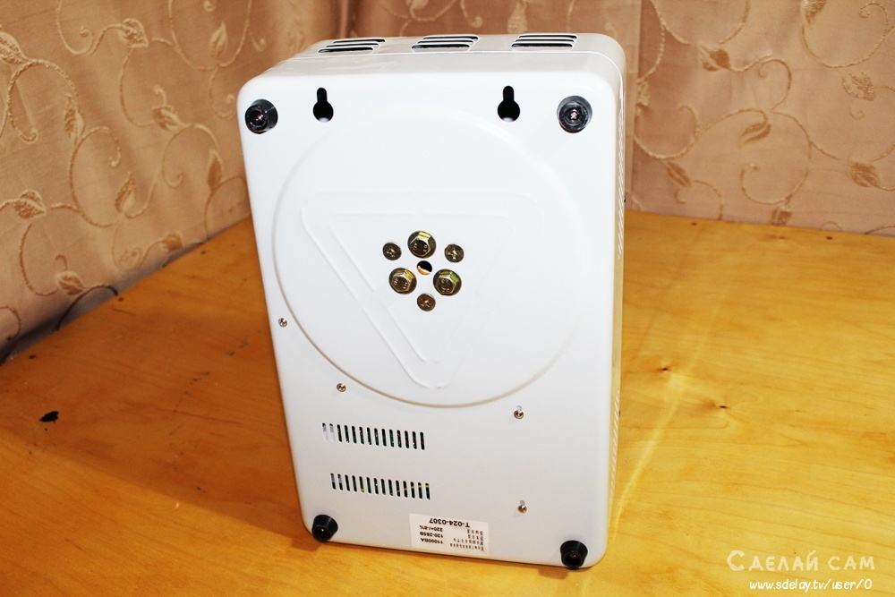 Стабилизатор напряжения SUNTEK 11000 ВА два месяца работы. Обзор и Тест.