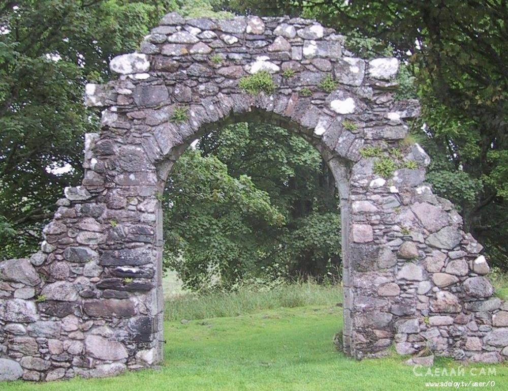 Необычное украшение сада - бутовый камень