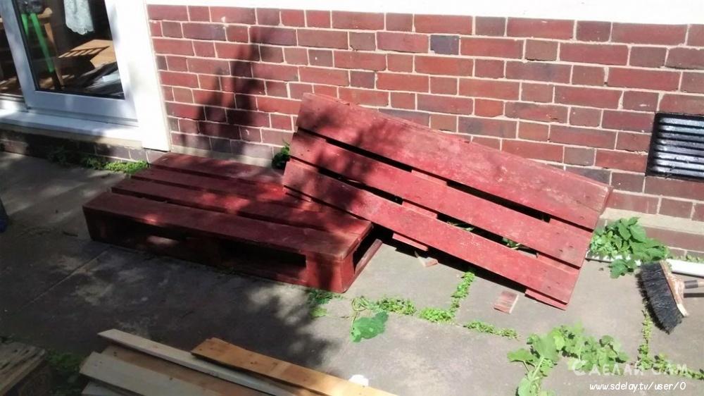 Скамейка из деревянных поддонов своими руками
