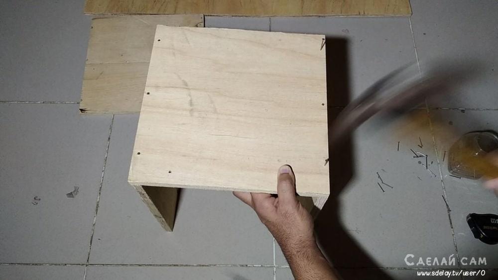 Деревянная будка со смотровой площадкой своими руками