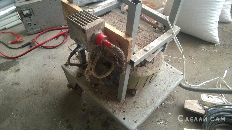 Сварочный аппарат с пусковым устройством большой стабилизатор напряжения схема