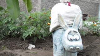 ослик Шурик. поделка  из гипса