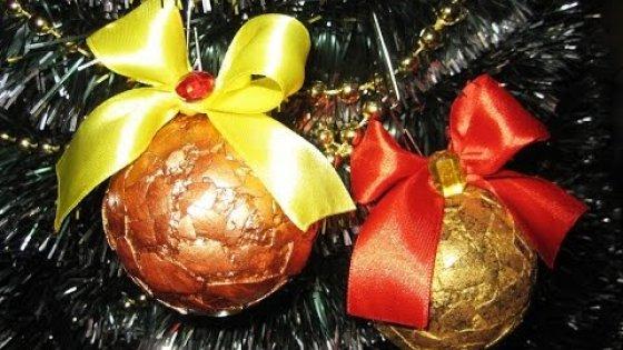DIY Ёлочные шары из скорлупы. Новогодние украшения своими руками. Мастер класс