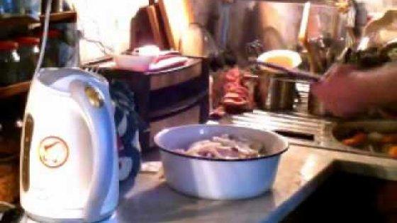 Просто жратва Курица в духовке под майонезом Chicken meat baked in the gas furnace
