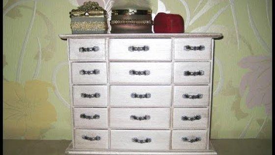 Комодик для бижутерии. Очень удобная и полезная вещь \ Chest of drawers for jewelry.