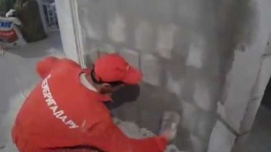 Штукатурка стен внутреннего радиуса работа мастеров компании Рембригада.ру
