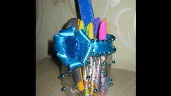 DIY Подставка для принадлежностей из пластиковой бутылки. Мастер-класс