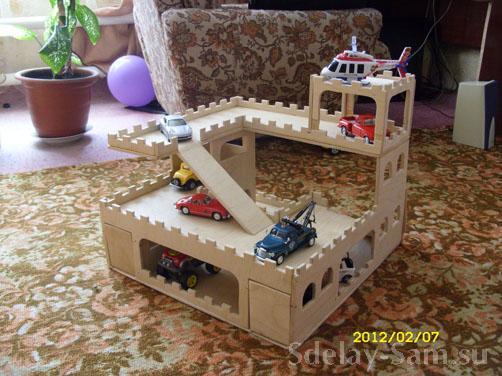 Детский гараж парковка для машинок своими руками 87