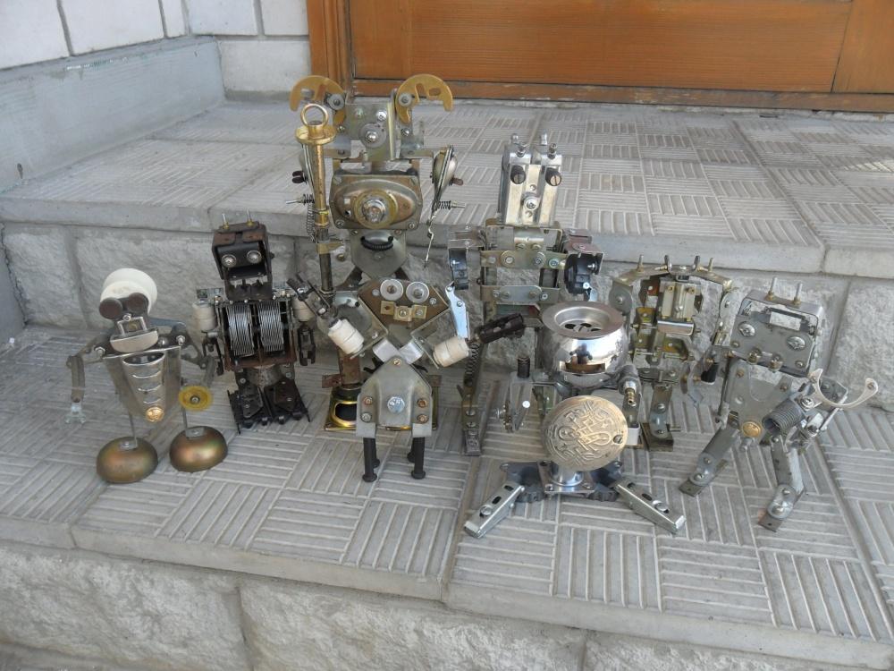 Роботы из электроприборов